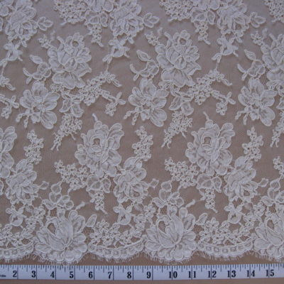 2018 Fashion alencon lace elegentembroidery lace with sequins tulle lace bridal lace fabric for wedding dress